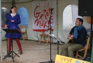 muziek zang en gitaar grietmarkt 11 mei 2013