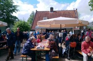 terras van De Veldkeuken grietmarkt 11 mei 2013